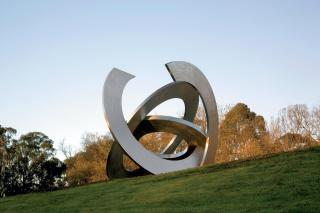 Inge King, Rings of Saturn 2005-6, stainless steel, 450 x 450 x 450 cm, Heide Museum of Modern Art, Commissioned through the Heide Foundation with significant assistance from Lindsay and Paula Fox 2005,  Courtesy of the artist,  Photograph: John Gollings
